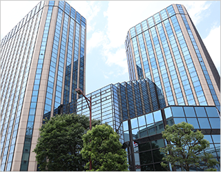 様々な建物の維持保全、保守メンテナンスサービスを行います。